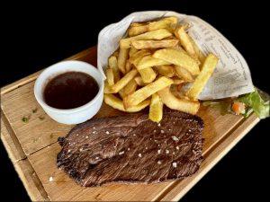 Steak de macreuse mariné au vin rouge d'Auvergne / La Mangoune